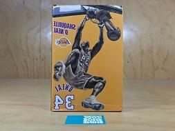 NBA LOS ANGELES LAKERS SHAQUILLE O'NEAL DUNKING DISPLAY FIGU